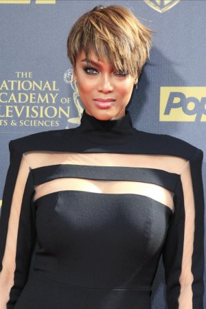 Tyra Banks reveals the 'real me' in Instagram photo