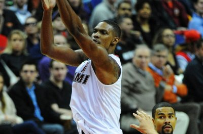 Chris Bosh, Miami Heat clashed on treating his condition