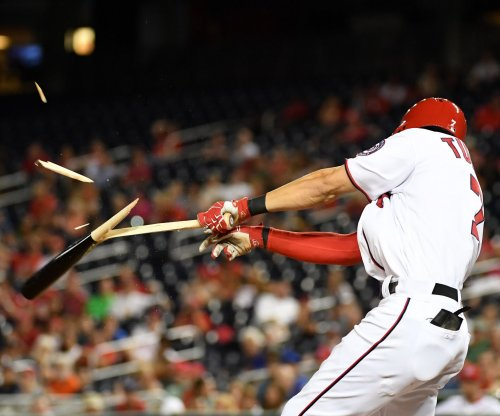 Washington Nationals score three in eighth, beat Atlanta Braves 9-7