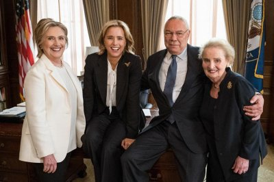 Hillary Clinton, Colin Powell to guest star on 'Madam Secretary'