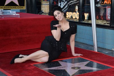 Sarah Silverman receives star on Hollywood Walk of Fame