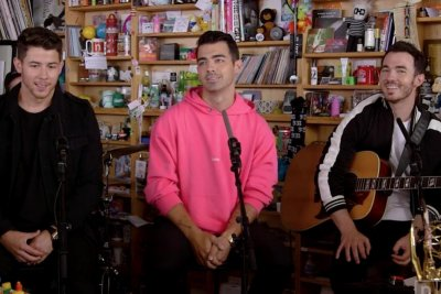 Jonas Brothers sing 'Sucker' during Tiny Desk concert