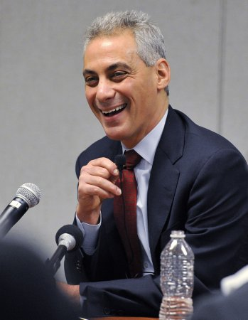 Emanuel tops Chicago mayoral poll