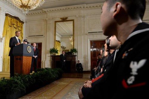 Obama presses for immigration bill