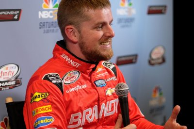 Justin Allgaier ends 80-race Xfinity drought