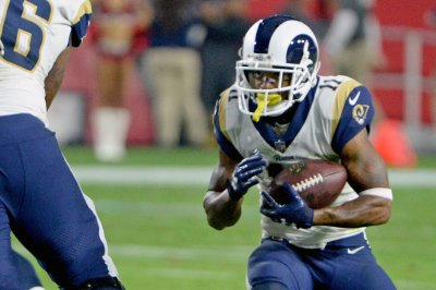 Reports: Austin restructures deal to stay with Rams