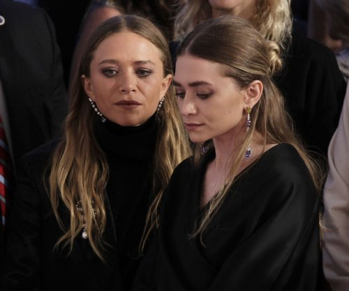 Mary-Kate and Ashley Olsen win big at CFDA Fashion Awards