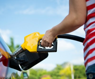 U.S. gasoline prices hit 6 month high, keep rising