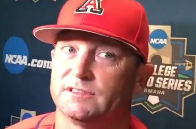 Arizona takes Game 1 of College World Series title series