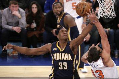 San Antonio Spurs slip past Indiana Pacers