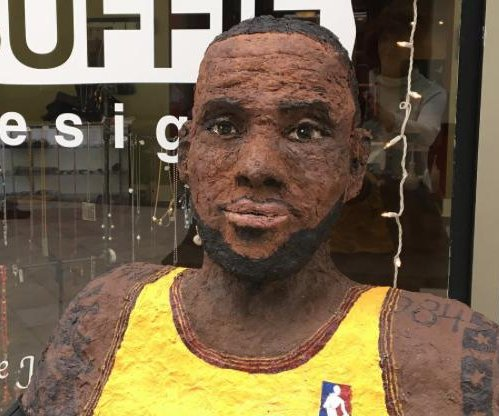 Cleveland artist creates 10-pound lint sculpture of LeBron James