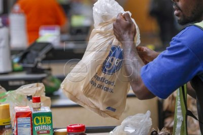 New York bans plastic bags starting March 2020