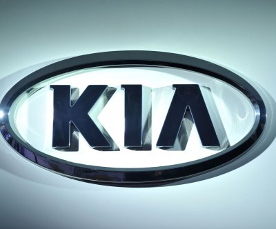 Kia recalls 228,000 Sedonas, Sorrentos over fire risk