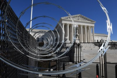 Capitol Police warn of 'possible plot' to breach Capitol on Thursday