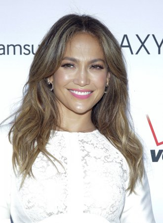 Jennifer Lopez's boyfriend confirms she's going back to 'Idol'