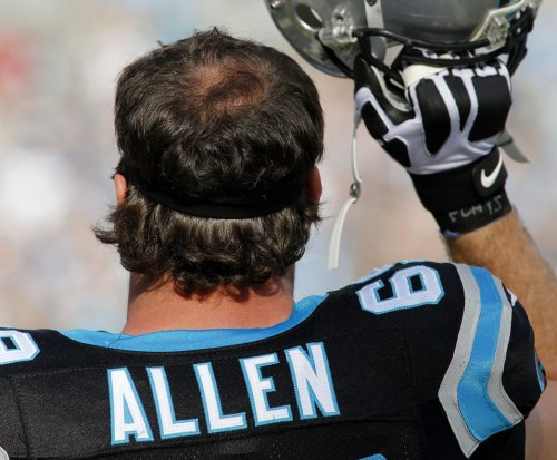Carolina Panthers' Jared Allen doing all he can to play