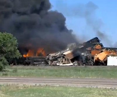 Two freight trains collide near Amarillo, Texas; 1 hurt, 3 missing