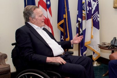 RFK daughter: Ex-President George H.W. Bush plans to vote for Hillary Clinton