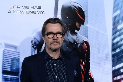 Gary Oldman to star as Winston Churchill in upcoming film