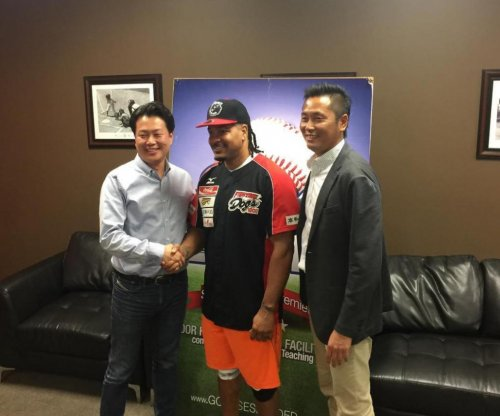 Manny Ramirez's Japan contract: Unlimited sushi, no practice