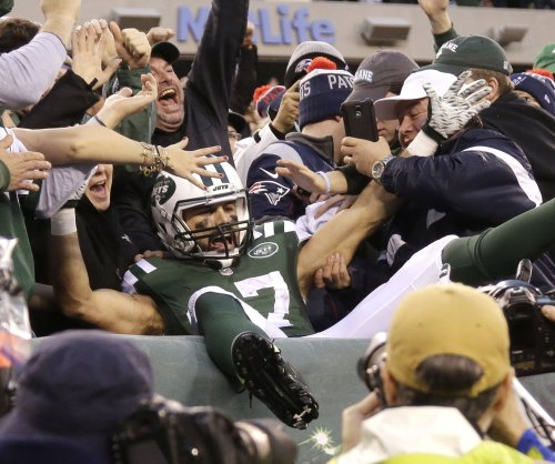 Tennessee Titans sign former New York Jets receiver Eric Decker
