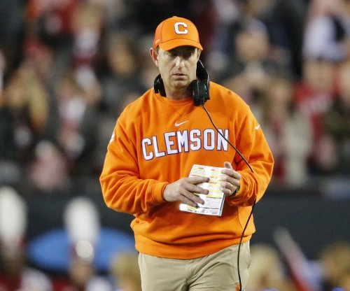 Clemson Tigers, North Carolina State Wolfpack: Preview, game time, outlook