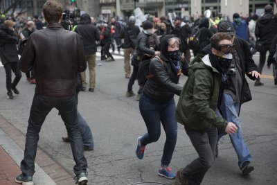 Prosecutors drop charges against 129 Inauguration Day protesters
