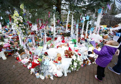 Sandy Hook parents told to brace for release of shooting report