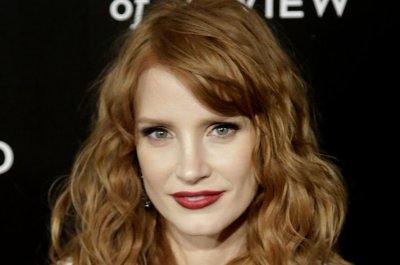 Jessica Chastain has yet to find a Golden Globes dress