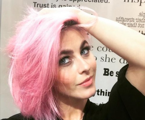 Julianne Hough debuts pink hair on Instagram