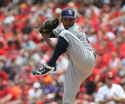 Baltimore Orioles acquire RHP Odrisamer Despaigne from San Diego Padres