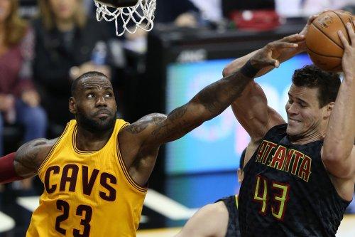 Cleveland Cavaliers: LeBron James questionable for opener vs. Boston Celtics