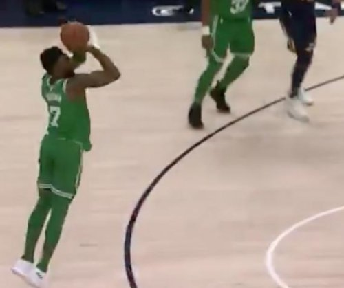 Jaylen Brown drills game-winning trey for Boston Celtics
