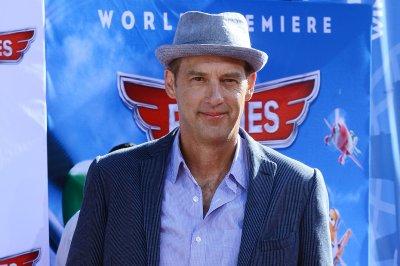 Anthony Edwards, Julie White join 'Designated Survivor' for Season 3