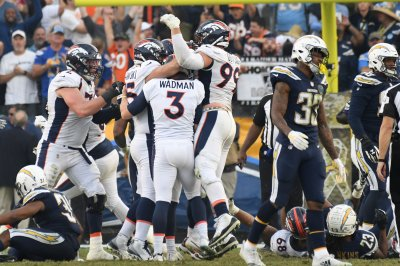 Broncos' Case Keenum engineers winning drive vs. Chargers