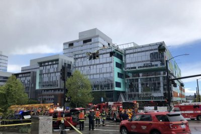 College freshman among four killed in Seattle crane collapse