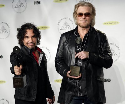 Daryl Hall and  John Oates announce North American summer tour