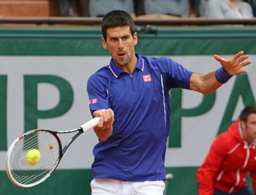 Djokovic through to French Open third round