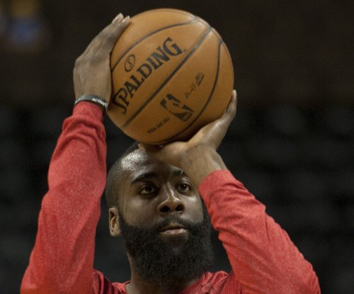 James Harden's 8 three-pointers lead Houston Rockets over Charlotte Hornets