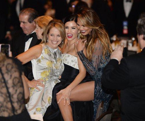 Chrissy Teigen, Jenna Dewan-Tatum and Katie Couric get playful at White House Correspondents dinner