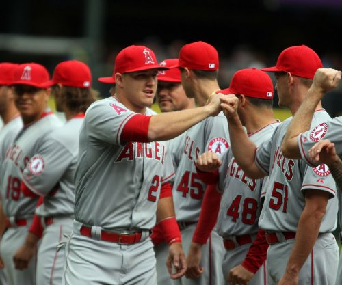 Andrew Heaney, homers help Los Angeles Angels edge Chicago White Sox