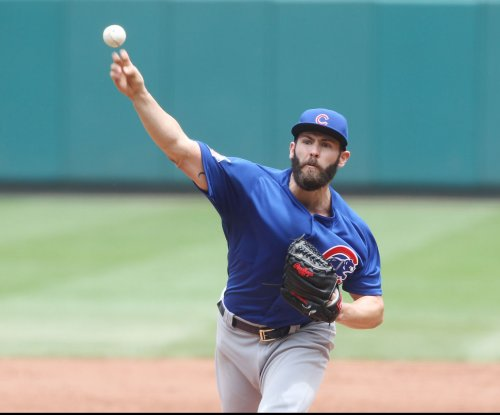 Chicago Cubs' Jake Arrieta struggles, but improves to 9-0