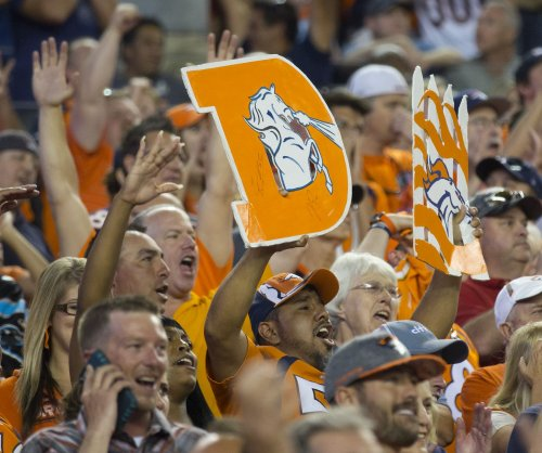 Defense secures Denver Broncos' 34-20 win over Indianapolis Colts