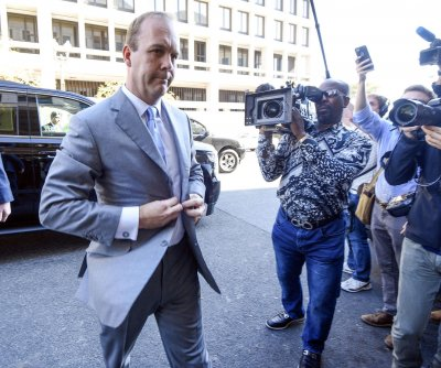 Justice Dept. urges no prison for ex-Trump campaign aide Rick Gates
