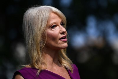 Kellyanne Conway to leave White House at end of August