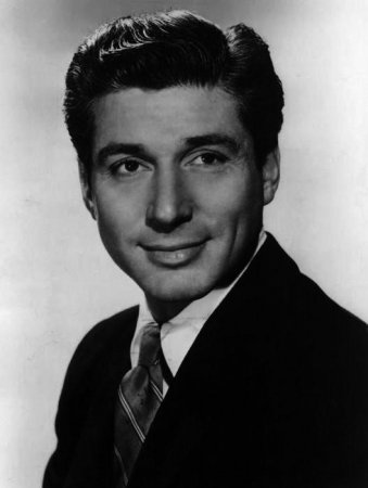 Efrem Zimbalist Jr., star of 'The F.B.I.' dies at age 95