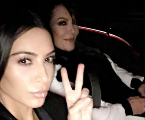 Kim Kardashian posts first selfie after social media return