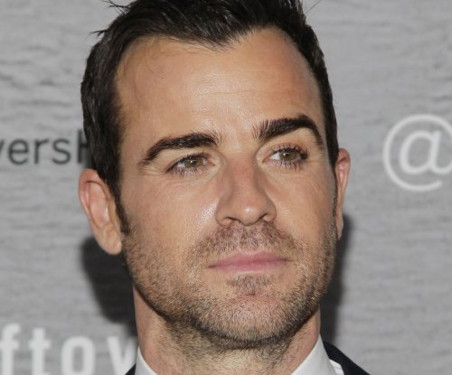 Justin Theroux expands acting skills in 'Mad Mac' spoof