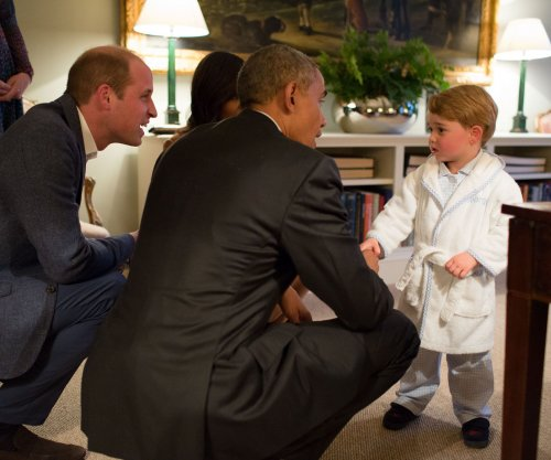 Obama meets 2-year-old Prince George after tending to business in Britain