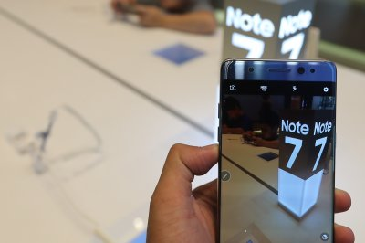 Samsung plans to refurbish some recalled Galaxy Note 7 phones